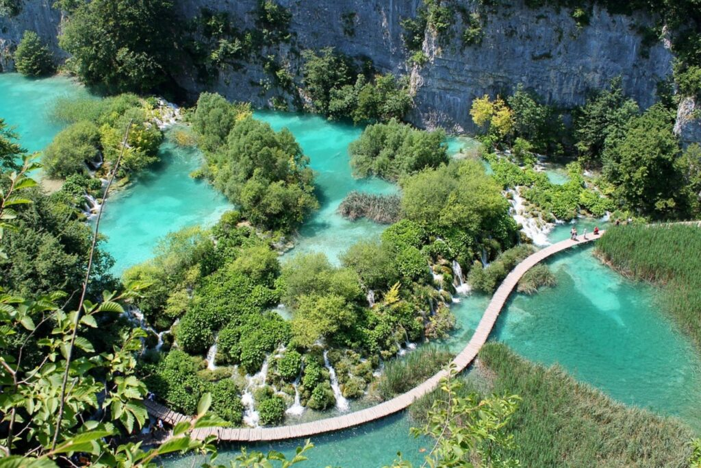 10 locuri incredibile din lume care trebuie văzute în această viaţă